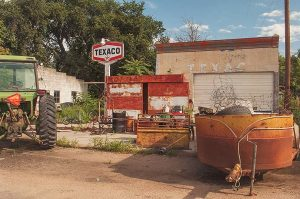 Defunct Texaco Service Station, Riverton, Nebraska, 2015 by David Leland Hyde.